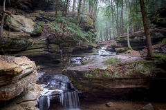 Cascata, parco di stato delle colline di Hocking Immagine Stock