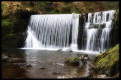 Cascata precipitante a cascata Ambleside, il distretto del lago, Regno Unito fotografia stock