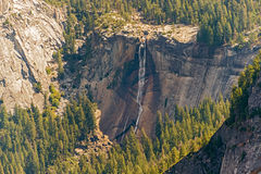 Cascata primaverile in parco nazionale di Yosemite in California, U.S.A. Fotografia Stock Libera da Diritti