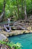 Cascata profonda della foresta (cascata di Erawan) Immagini Stock