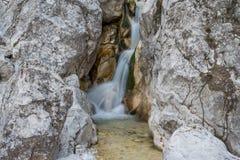 Cascata scenica di Martuljek nel parco nazionale di Triglav in Julian Alps in Slovenia Fotografia Stock Libera da Diritti