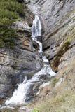 Cascata sotto la sommità di una strada Stelvio, Italia della montagna Fotografia Stock Libera da Diritti