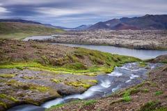 Cascata stupefacente al lato sud dell'Islanda Immagine Stock Libera da Diritti