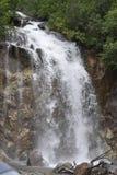 Cascata sulla montagna Fotografie Stock Libere da Diritti