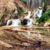 Cascata Sunlit fotografie stock libere da diritti