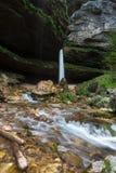 Cascata superiore di Pericnik in alpi slovene in autunno, parco nazionale di Triglav Fotografia Stock