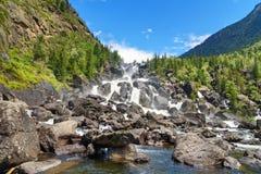 Cascata Uchar Repubblica di Altai La Russia Fotografia Stock Libera da Diritti