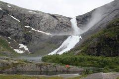 Cascata in valle di Husedalen nel parco nazionale di Hardangervidda, Norvegia Fotografia Stock Libera da Diritti