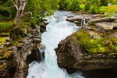 Cascata vicino al fiordo di Geiranger - Norvegia Immagini Stock