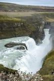 Cascata vigorosa di Gullfoss in Islanda fotografia stock