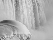 Cascate del Niagara del monticello della neve Fotografia Stock Libera da Diritti