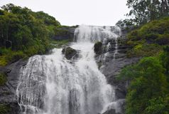 Cascate della centrale elettrica a Periyakanal, vicino a Munnar, il Kerala, India Immagini Stock