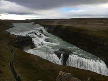 Cascate di Gullfoss sul cerchio dorato in Islanda immagini stock libere da diritti