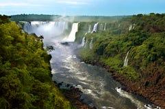 Cascate di Iguazu (l'Argentina ed il Brasile) immagini stock libere da diritti