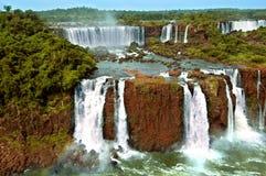 Cascate di Iguazu (l'Argentina ed il Brasile) fotografia stock libera da diritti