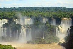 Cascate di Iguazu sul confine dell'Argentina e Fotografia Stock Libera da Diritti