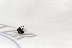 Casco del hockey Imagen de archivo libre de regalías