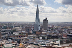 Casco del vidrio, opinión de Londres La ciudad de Londres uno de los centros principales de la opinión global de finance Foto de archivo