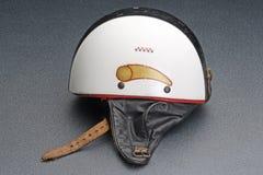 Casco protector viejo de la bici Imagenes de archivo