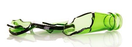 Cascos agudos de las botellas de cerveza en blanco imagen de archivo libre de regalías