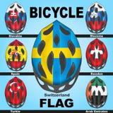 Cascos de la bicicleta de los iconos y países de las banderas Fotografía de archivo