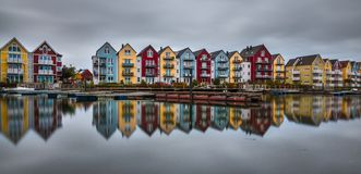 case al fiume Ryck in Greifswald immagini stock libere da diritti