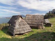 Case celtiche, Havranok Skansen, Slovacchia fotografia stock libera da diritti