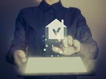 Case del bene immobile?, appartamenti da vendere o per affitto Immagini Stock