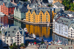 Case del giocattolo Alesund scenico norway Immagine Stock Libera da Diritti