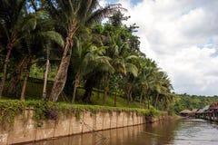 Case del trampolo sul fiume Kwai, Tailandia Fotografie Stock Libere da Diritti