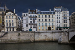 Case della città a Parigi Fotografia Stock Libera da Diritti