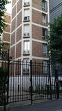 Case di famiglia moderne nel distretto di Parigi 15e Fotografie Stock Libere da Diritti