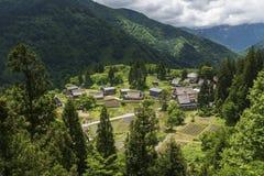 Case di Gassho-zukuri nel villaggio di Gokayama, Giappone Immagine Stock