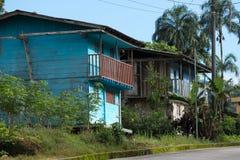 Case di legno nella giungla Fotografie Stock