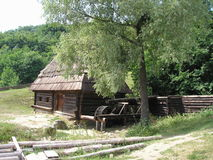 Case di legno ucraine tradizionali Immagine Stock Libera da Diritti