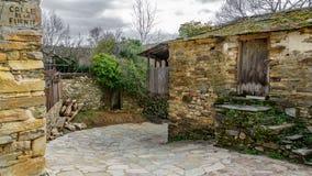 Case In Pietra Antiche : Casale rivestito in pietra antica ad amelia a terni in vendita
