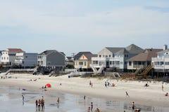 Case di spiaggia della città di giardino Fotografia Stock