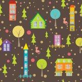 Case ed alberi senza cuciture urbani del modello su luminoso  Immagini Stock