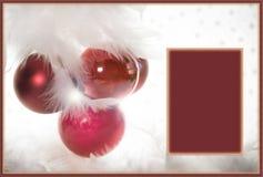 Case la decoración blanca roja de la tarjeta de felicitación de la Navidad Fotografía de archivo