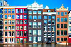 Case medievali olandesi tradizionali a Amsterdam, Paesi Bassi Fotografia Stock Libera da Diritti