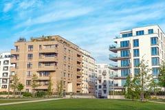 Case multifamiliari moderne a Berlino Immagine Stock