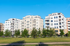 Case multifamiliari moderne a Berlino Immagini Stock