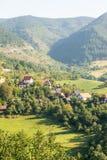 Case nelle alpi di Dinaric in Serbia Fotografie Stock Libere da Diritti