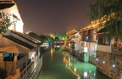 Case tradizionali lungo il canale storico Suzhou Cina Fotografia Stock