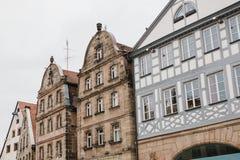 Case tradizionali nello stile tedesco nella città di Furth in Baviera Architettura tedesca delle case Fotografia Stock
