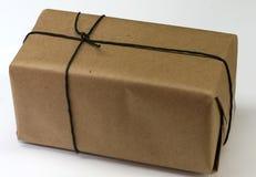 Casella con carta da imballaggio marrone normale Fotografia Stock