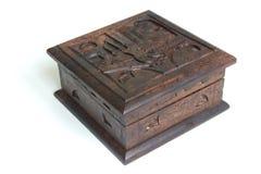 Casella di legno intagliata di vecchio stile Immagine Stock
