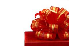 Casella rossa di regalo e del nastro Fotografie Stock