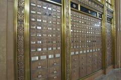Caselle di ufficio postale antiche 3 fotografie stock