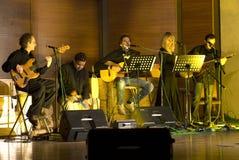Casen tun Solenoid-Band im Konzert Stockbilder